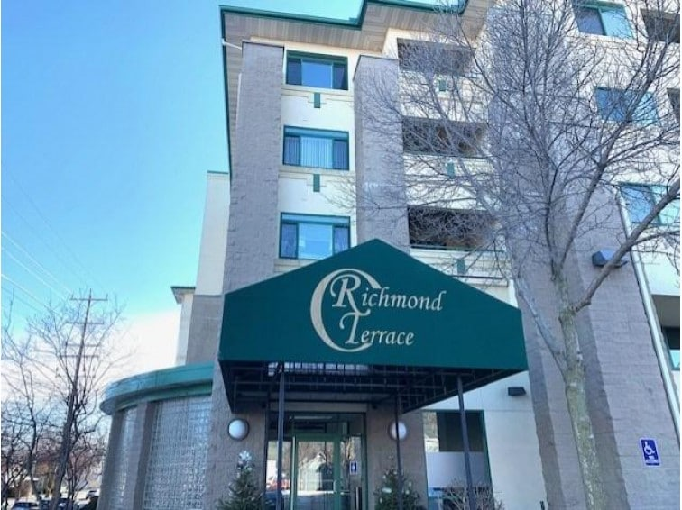 Richmond Terrace condo Appleton