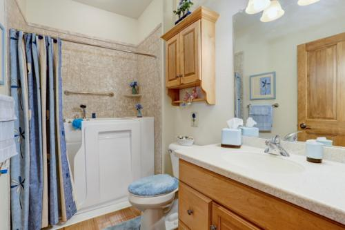 Shared bath with Corian and luxurious walk-in tub!