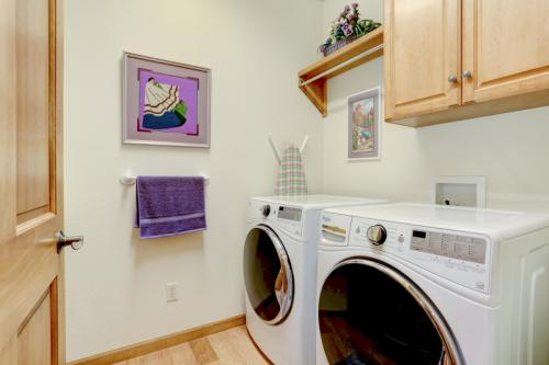 Main floor laundry, also with Corian countertop.